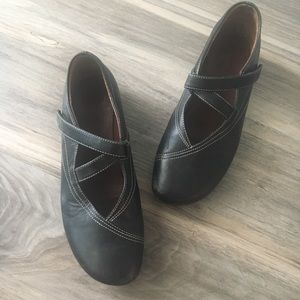 Wolky Comfort Shoe Leather Mary Jane Strap Size 8